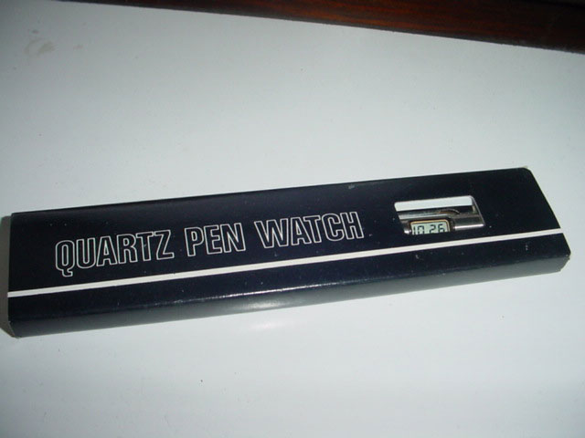 Quartz LCD pen watch
