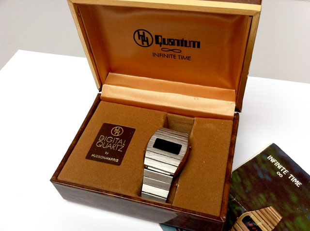 Quantum LED vintage watch